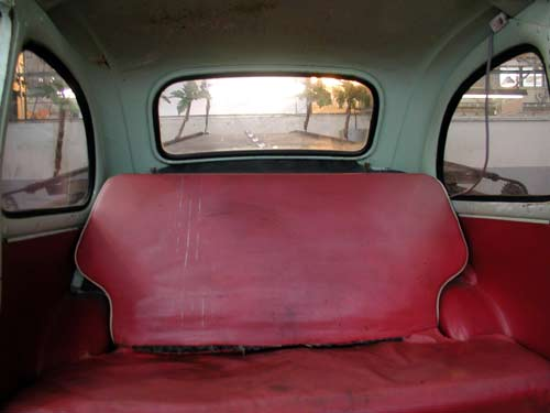 Vehicule sans ceinture securite